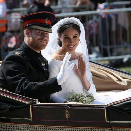 Историята на принц Хари и Меган. Какво е специалното на най-обсъжданата сватбена рокля?